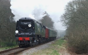 Un-rebuilt Battle of Britain class No. 34070 Manston on the Swanage Railway
