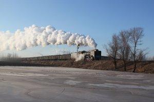 JS 6245 steams past a frozen pond at Fengshuigou en route to Anqinggou