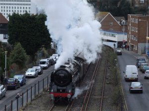 Oliver Cromwell makes a spirited run up the 1 in 30 gradient