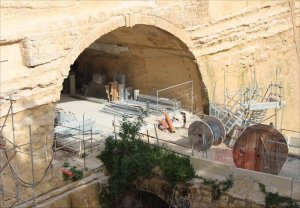 The tunnel mouth of Valletta Station