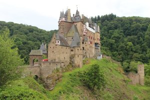 A fairytale setting for Burg Eltz