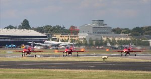 Red Arrows : ready for takeoff