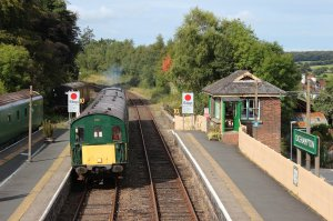 A thumper approaches Okehampton
