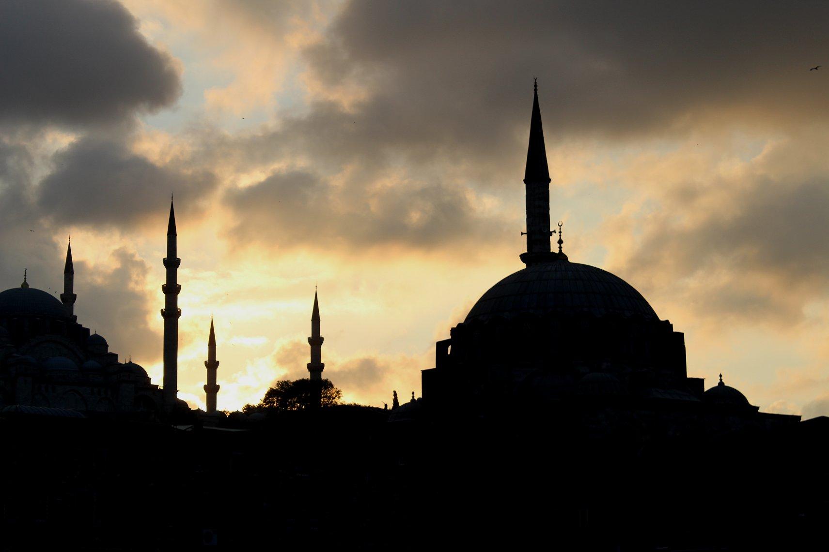 Mosques of Istanbul  FolkestoneJacks Tracks