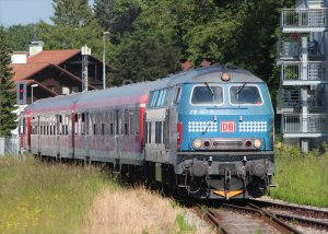 Class 218 diesel 467-9 approaches Füssen on 5th June 2015