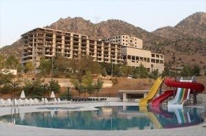Poolside in Çiftehan