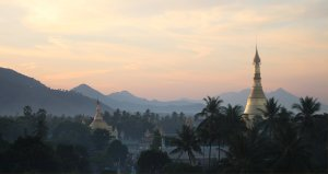 Sunrise over Thaton