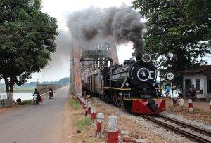 YD964 emerges from the Sittaung bridge