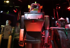 Visionary robots of the 20th century